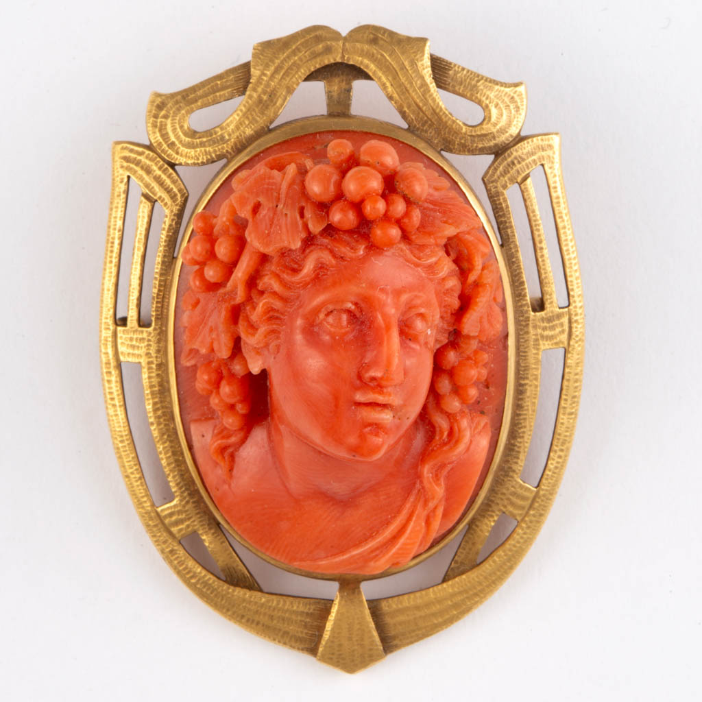 Vintage Antique Carved Red Coral Cameo Brooch