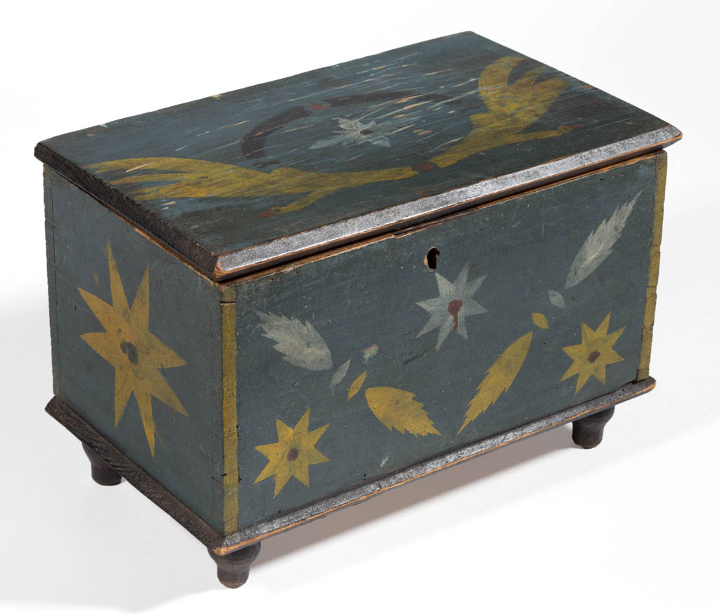 STIREWALT FAMILY, SHENANDOAH VALLEY OF VIRGINIA, PAINT DECORATED YELLOW PINE DIMINUTIVE BOX